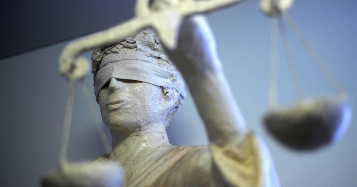 Gerichtsurteil: Fristlose Kündigung für Einsperren von Kollegen auf WC ist gerechtfertigt