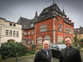 Bürgerservice in Düsseldorf: Bürgerbüro und Polizei ziehen um