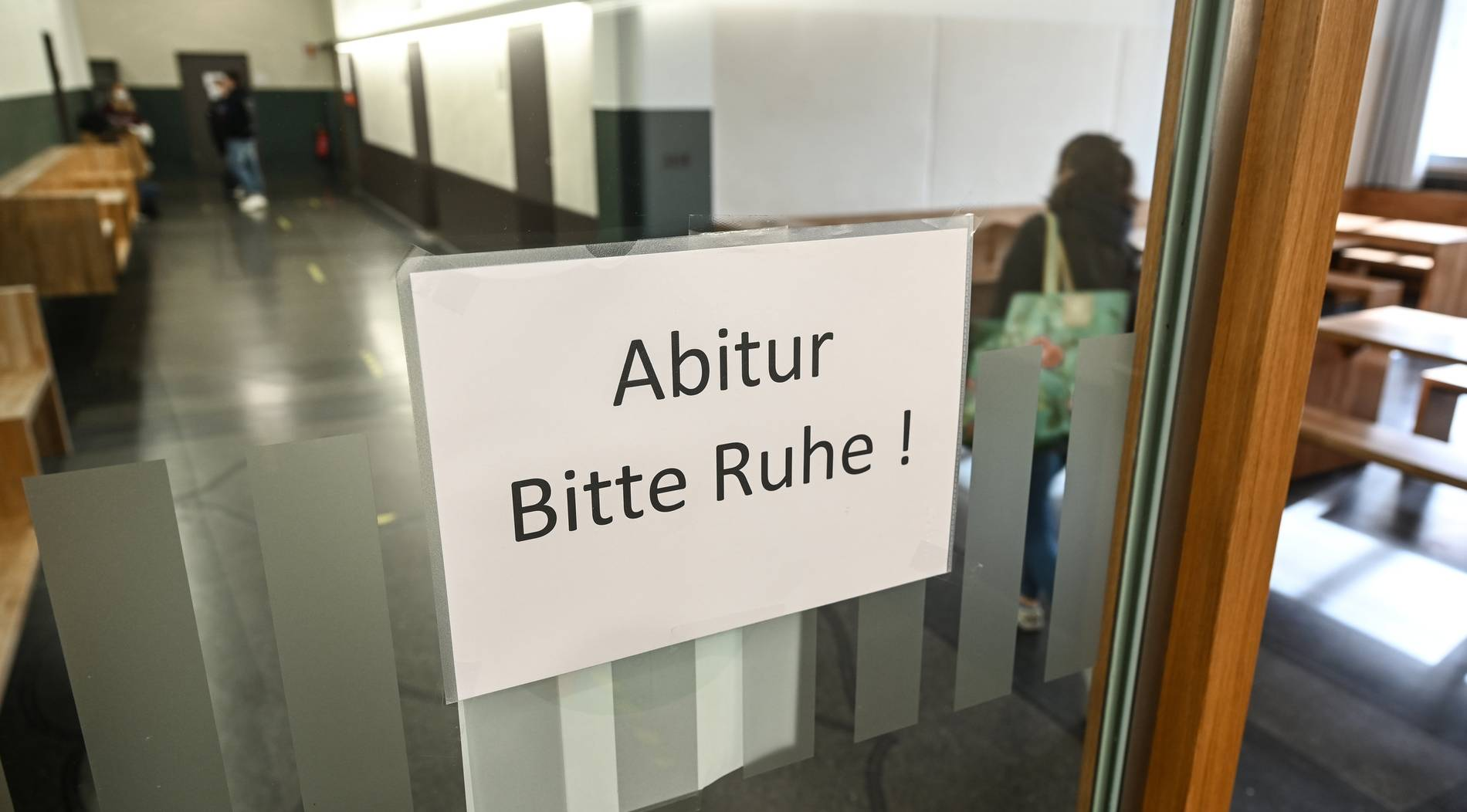 Mathe Abitur 21 Schüler aus NRW starten Petitionen wegen ...