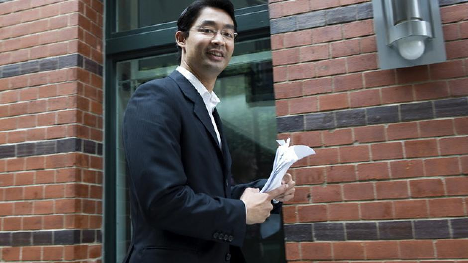 Fdp Chef Erstmals Im Geburtsland Vietnam Philipp Rosler Reist In Fremde Heimat