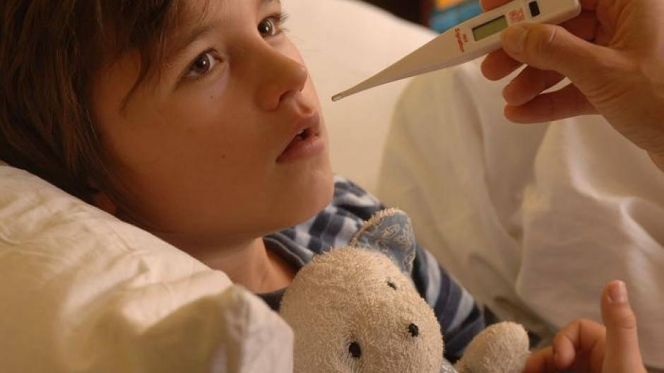 Wann Muss Ein Fieberndes Kind Zum Arzt?