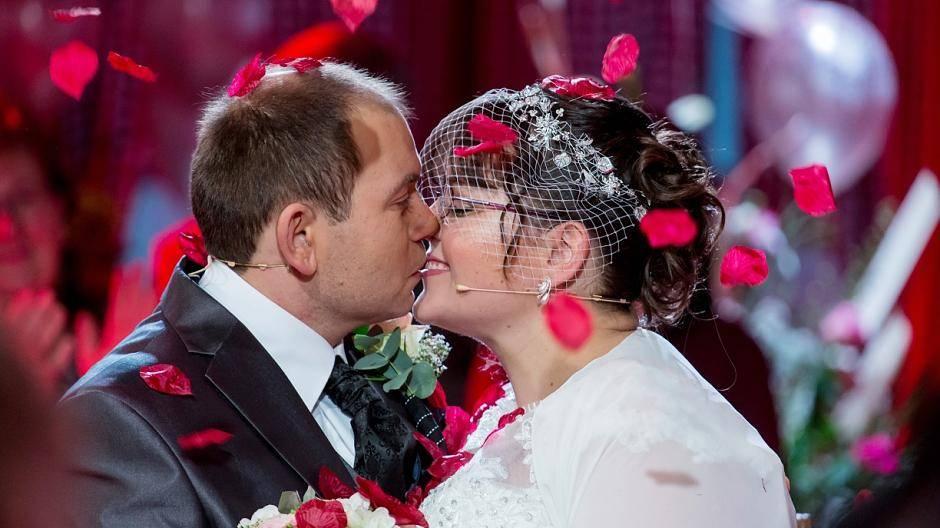 Hochzeit claudia lorenz und frau bauer sucht Bauer sucht