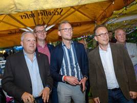 Bundestagswahl 2021: Zitterpartie mit Würstchen und Eintopf – so waren die Wahl-Partys im Rhein-Kreis Neuss
