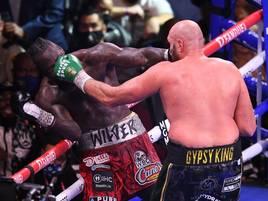 Mehrere Niederschläge, ein Knockout: Tyson Fury siegt im wilden Box-Spektakel