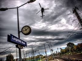 RRX-Ausbau in Langenfeld: Helikopter seilt Signalmasten ab