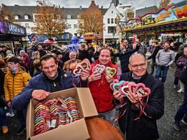 Volksfest noch bis Dienstag: Ein Herzensstart für die Gocher Herbstkirmes