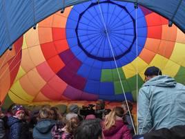 An der Kita St. Antonius in Loikum: Kinder erleben ein Abenteuer mit Heißluftballon