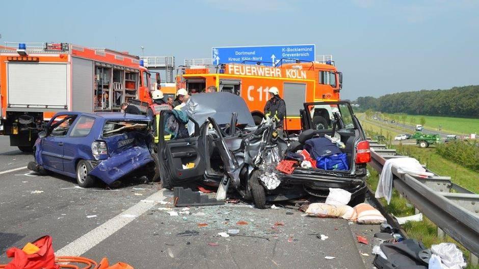Unfall A1 Köln