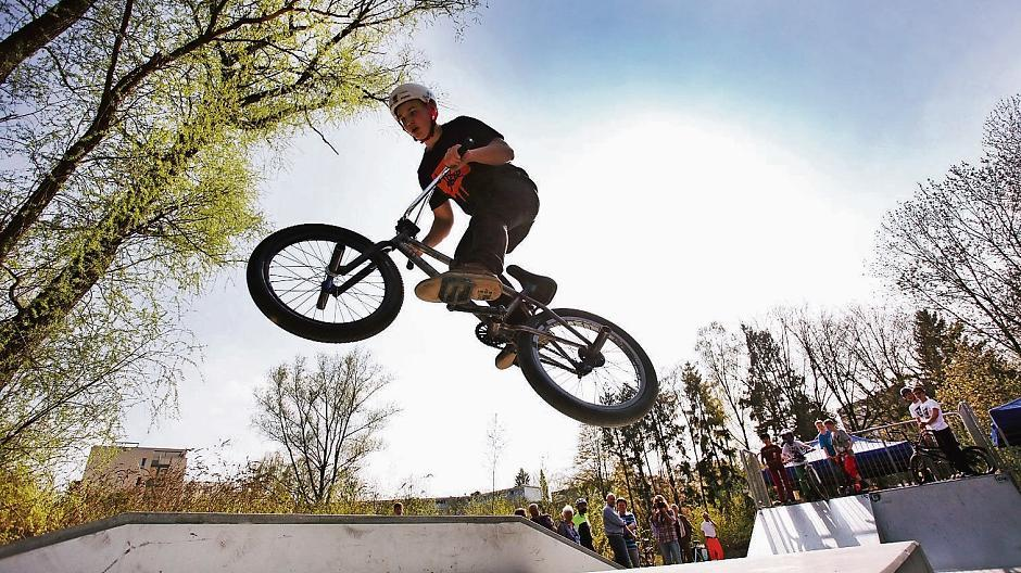 Heiligenhaus: Junge BMX-Artisten wollen hoch hinaus