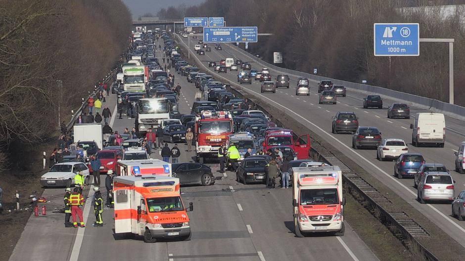 Schwerer Unfall Auf Der A3 Bei Mettmann