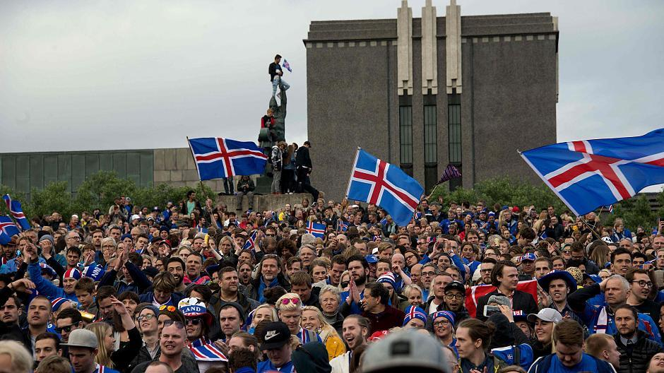 Island Feiert