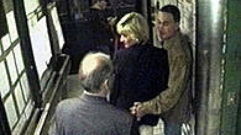 Schockierende beweise diana lebt lady Prinzessin Diana: