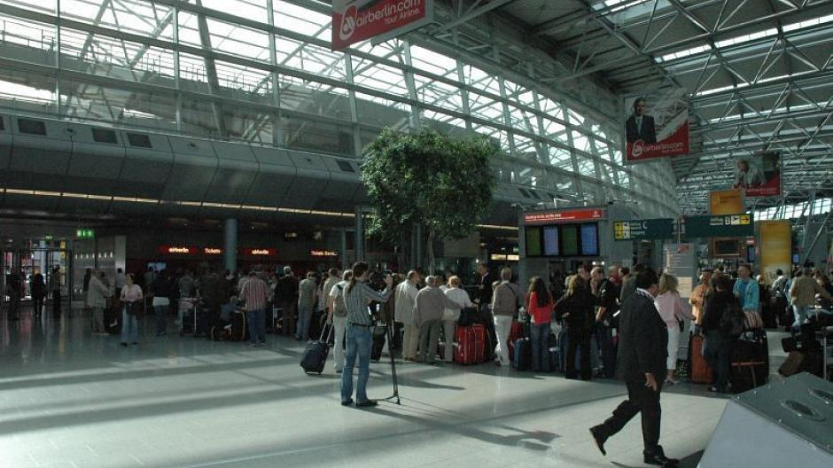 Flughafen Streik Düsseldorf