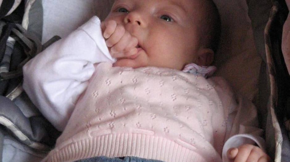 Baby bilder zahndurchbruch easynight Tragbare