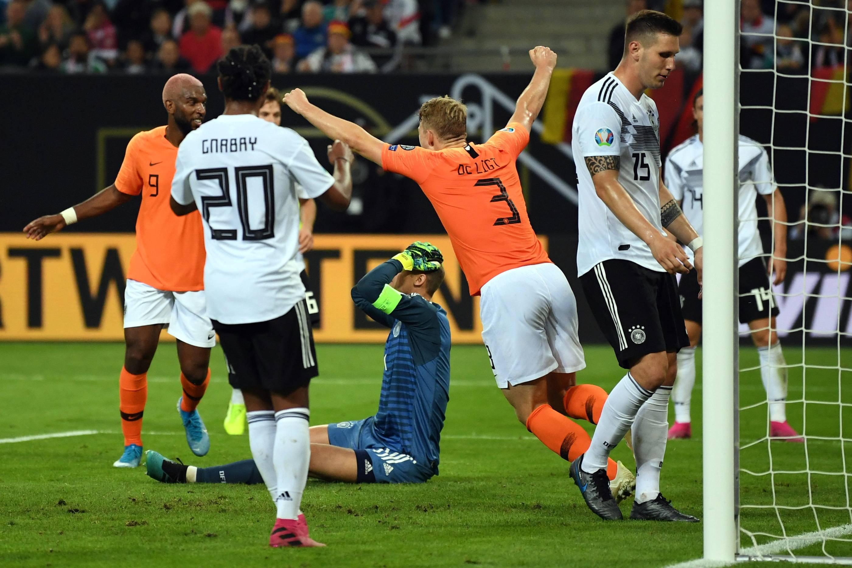 Em Qualifikation 2020 Deutschland Verliert 2 4 Gegen Die