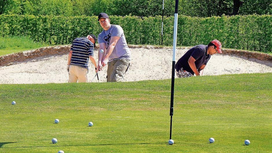 Haus Bey In Nettetal Nettetaler Schwingen Die Golfschlager