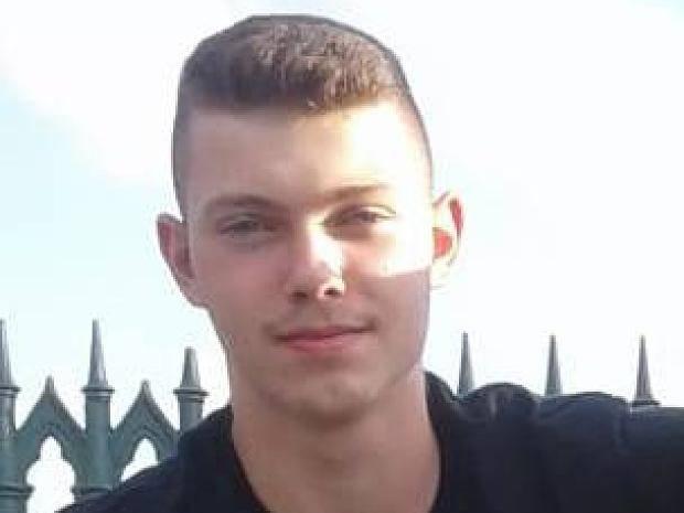 Polizei bittet um Hinweise: 15-Jähriger aus Voerde seit Donnerstag ...