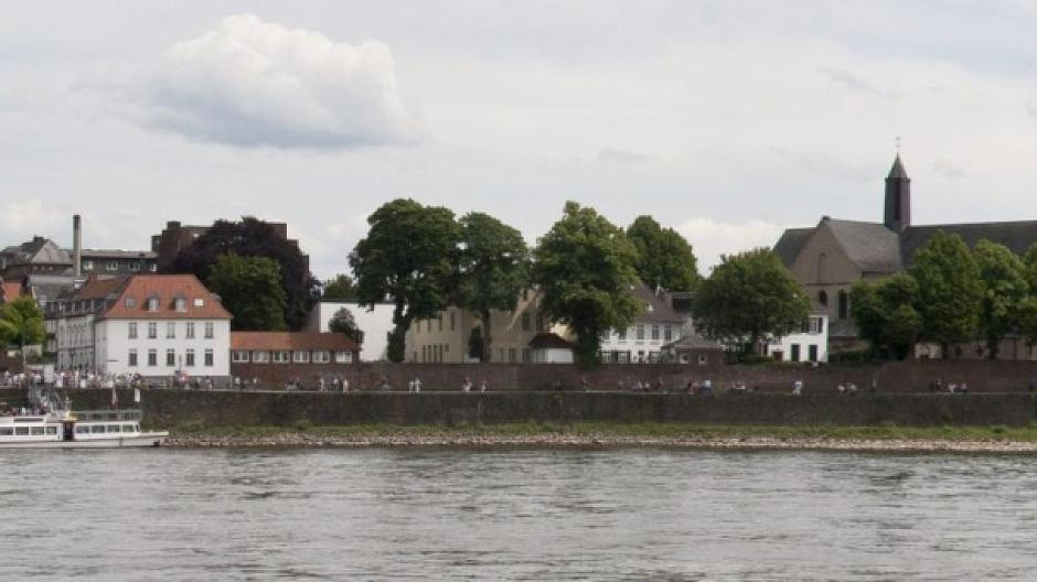 Fluß Zum Rhein Mit 4 Buchstaben