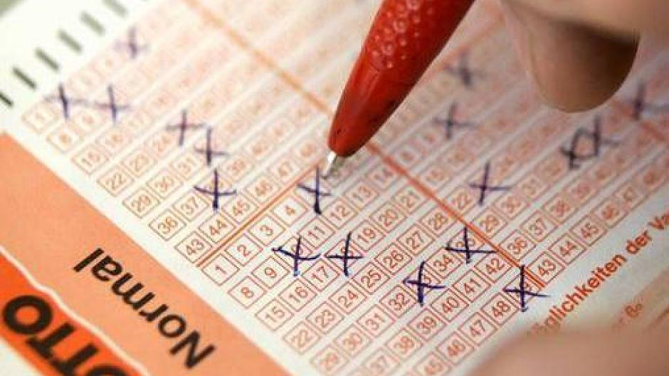 lotto jackpots this week qld