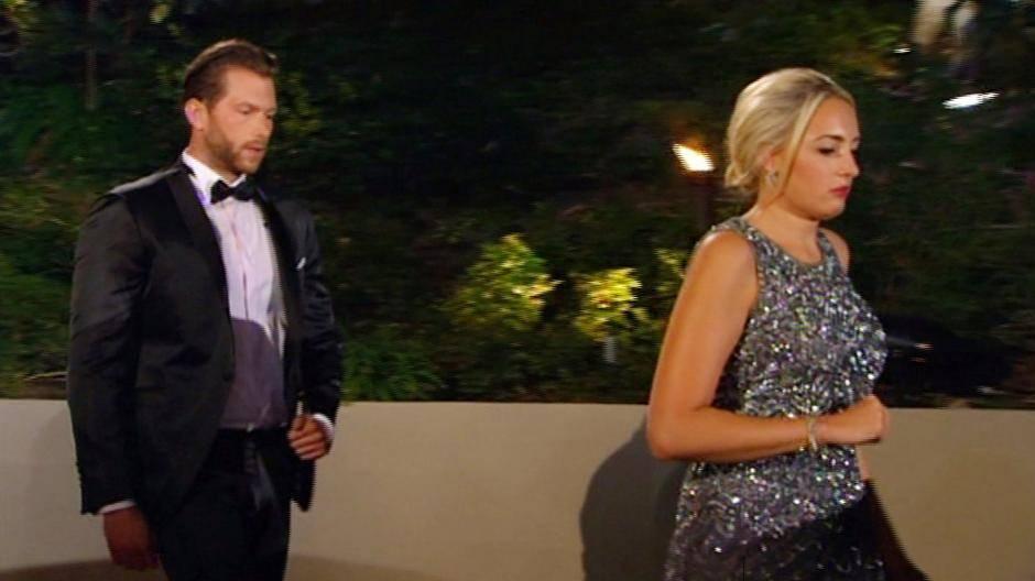 Der Bachelor Oliver Sanne Und Liz Feiern Zusammen Das Finale