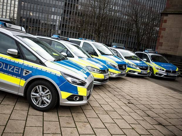 Nuevos patrulleros en NRW - minibuses y furgonetas deseadas