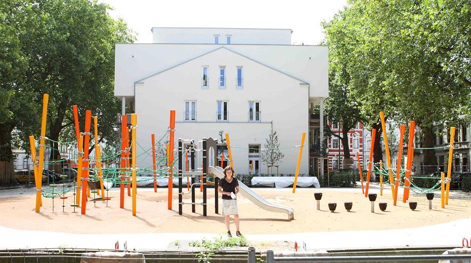 Klettergerüst Mit Seilen : Blumenplatz: krefelds größtes klettergerüst