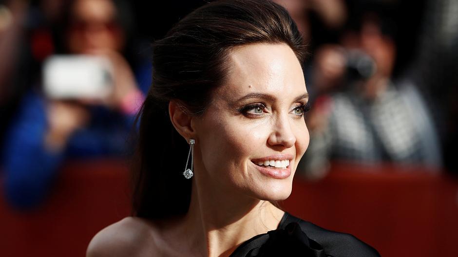 Warum Angelina Jolie Die Tagesschau Stimme Ist Kai Gniffke Im