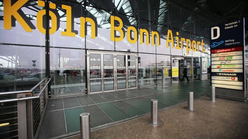 Flughafen Köln Bonn Gesperrt