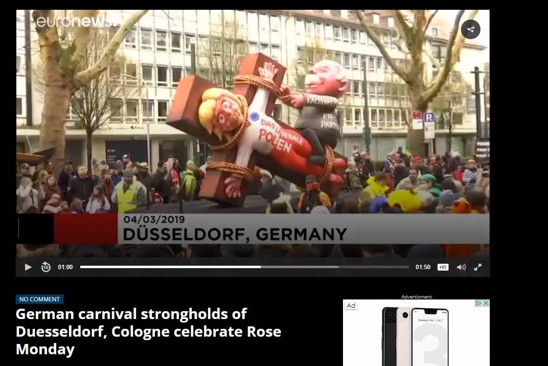 Rosenmontag 2019 In Düsseldorf Jacques Tillys Mottowagen In Der
