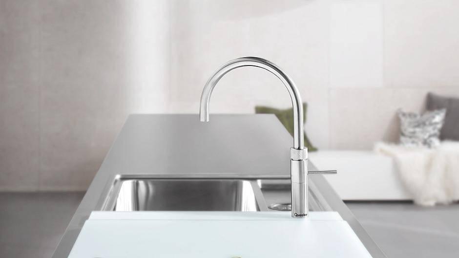 quooker kochendes wasser aus dem quooker wasserhahn. Black Bedroom Furniture Sets. Home Design Ideas