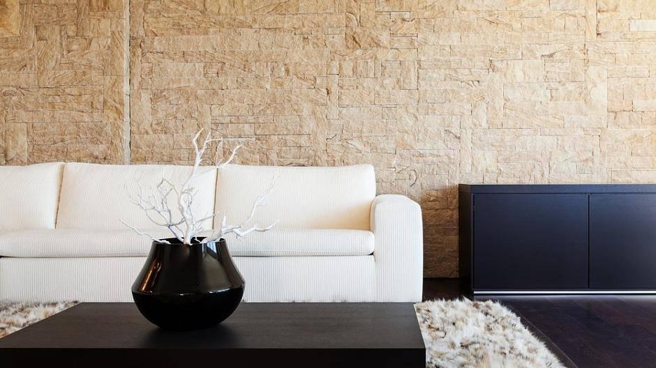 Gut Renovieren: Steinwand In Der Wohnung