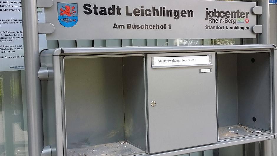 Leichlingen: Rathaus: Kamera filmt Briefkasten-Zerstörer