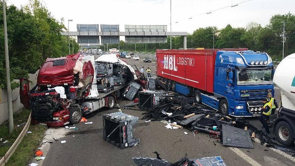 Unfall A1 Heute Leverkusen