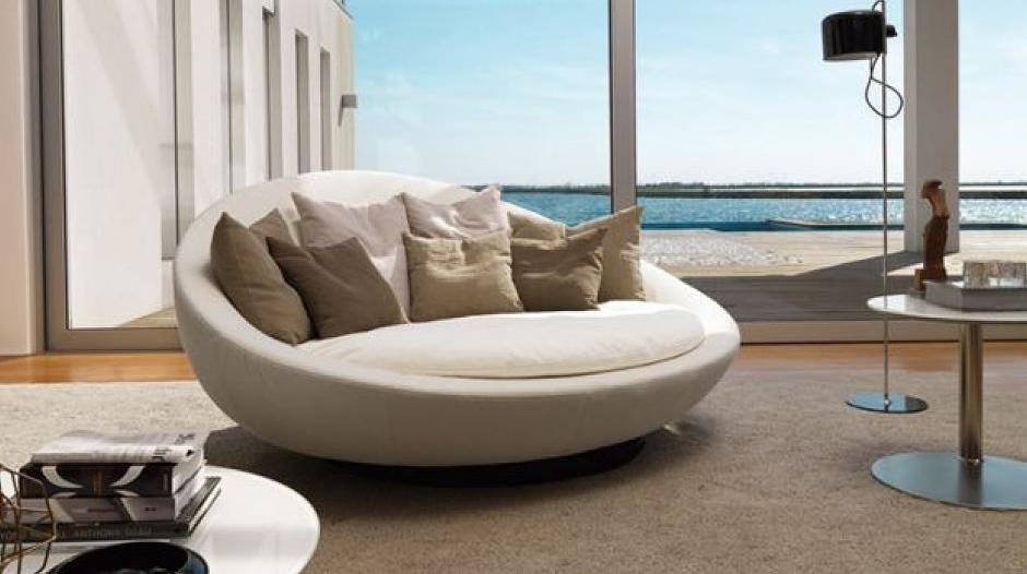 Schicke Designer-Sofas und -Sessel aus Italien