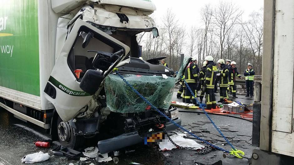 Unfall A3 Leverkusen