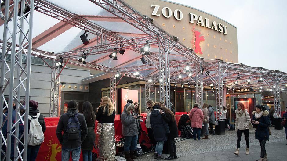 Fifty Shades of Grey: Schon Stunden vor der Premiere warten die Fans