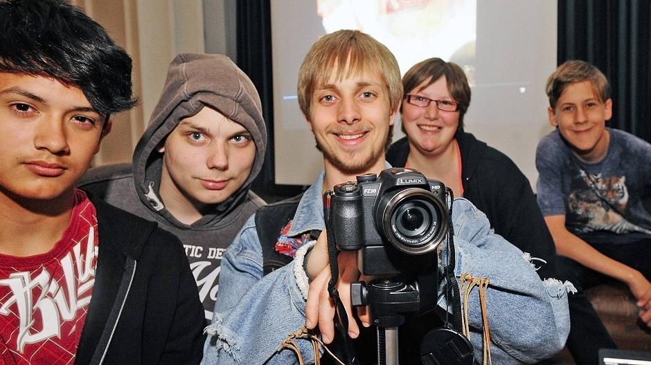 Xanten Schuler Drehen Film Uber Kuchen Crew