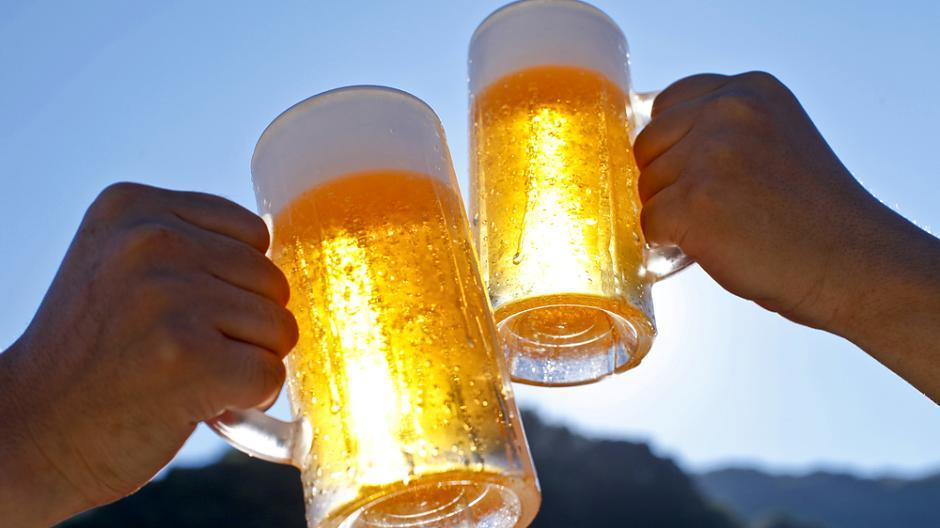 Julian Dating Bier