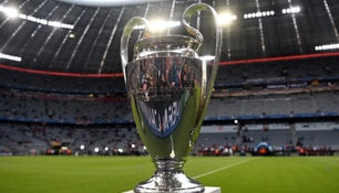 Der Champions-League-Pokal.