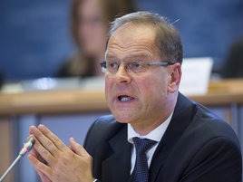 EU-Kommission plant europäischen Studentenausweis