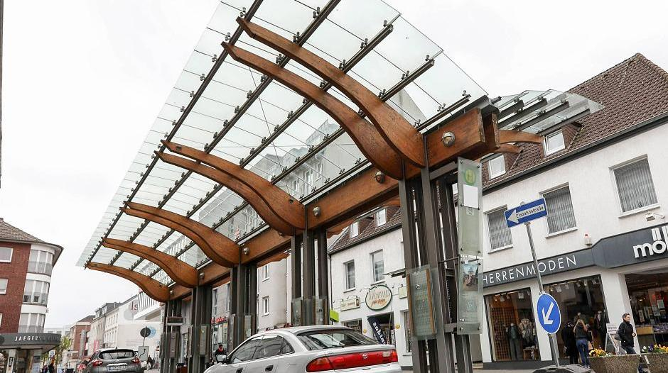 Erkelenz: Idee: Wetterschutzdach am Kölner Tor abbauen