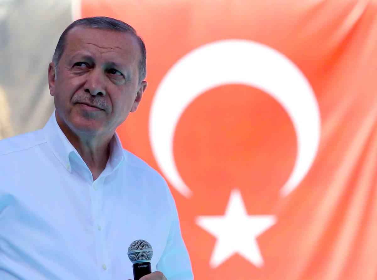 Erdogan kündigt Antwort auf Moscheen-Schließung in Österreich an | Politik