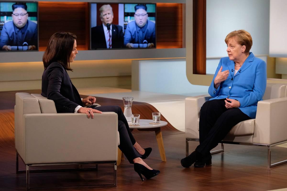 Merkel teilt in Talk-Show gegen Trump aus