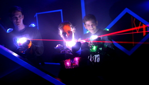 Lasertag - so funktioniert die Funsportart