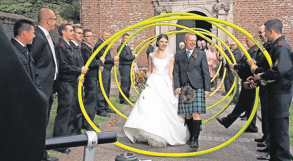 Der Sohn Von Ex Bundestrainers Berti Vogts Feiert Hochzeit