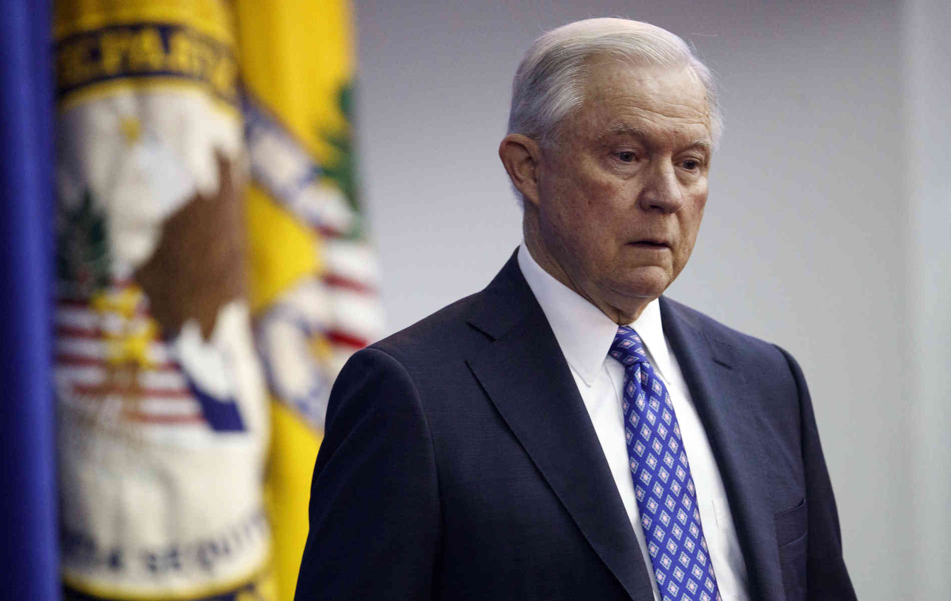 US-Justizminister Sessions tritt zurück - auf Trumps Drängen