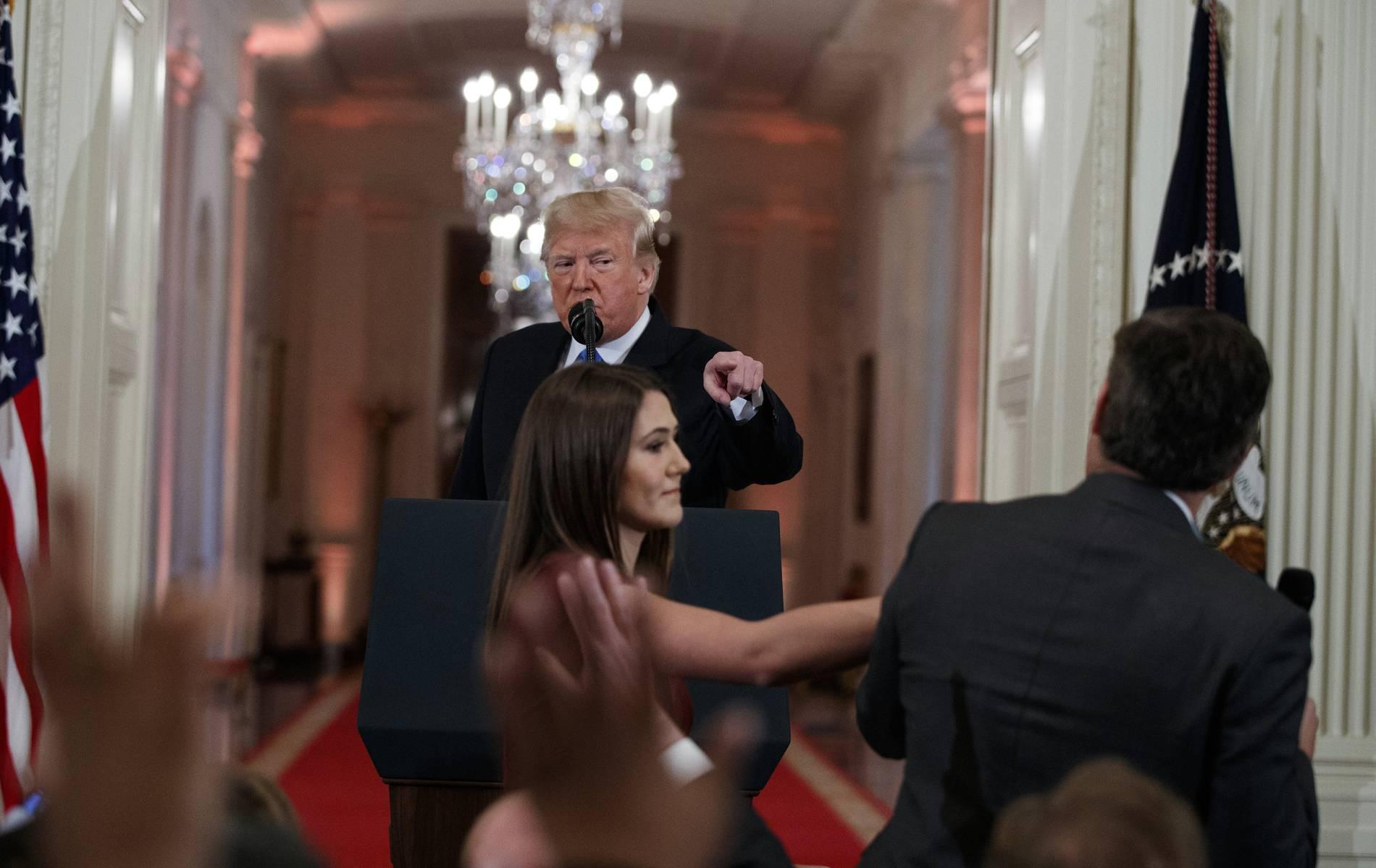 CNN verklagt Trump und weitere Mitarbeiter des Weißen Hauses