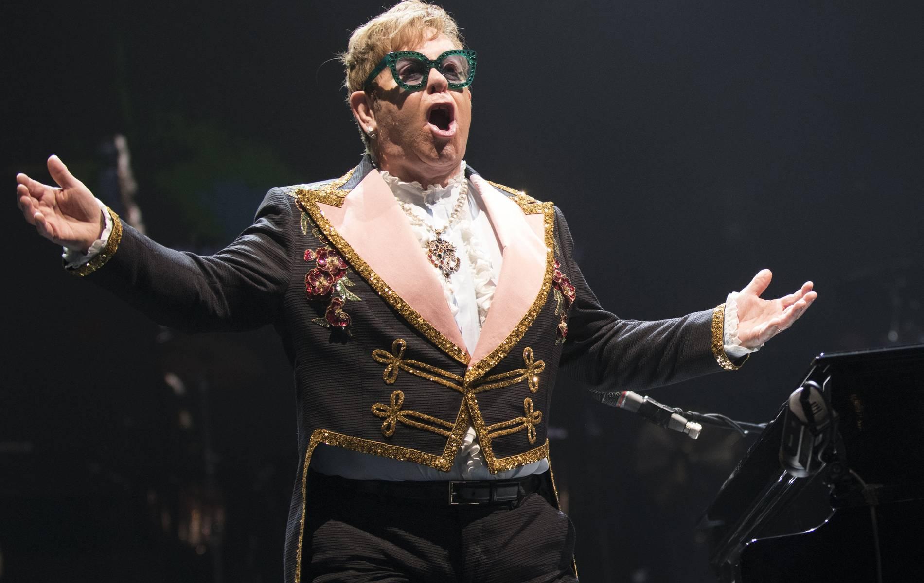 Weihnachtsspot mit Elton John rührt viele Internet-Nutzer