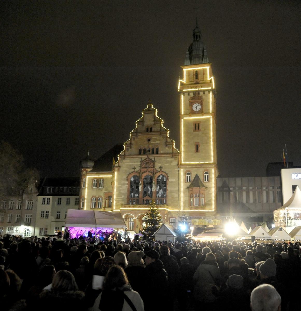 Wann Macht Man Die Weihnachtsbeleuchtung An.Mönchengladbach Weihnachtsbeleuchtung Märkte Stadt Im Advent