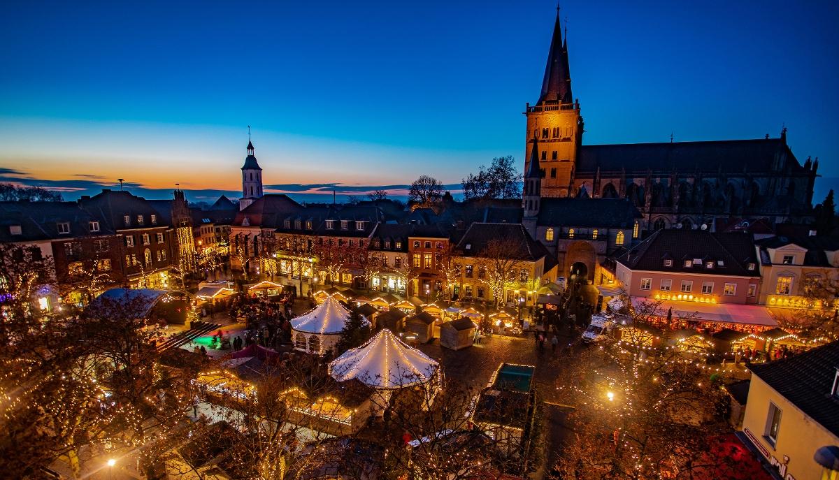 Weihnachtsmarkt Totensonntag Geöffnet.Xanten Weihnachtsmarkt 2018 Ist Eröffnet